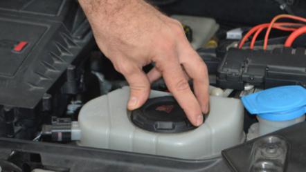 Como trabalhar com o sistema de arrefecimento do Volkswagen